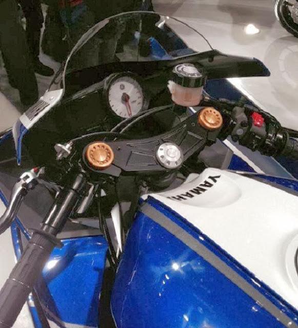 Detail Hot Yamaha YZF-R25 Konsep 2014