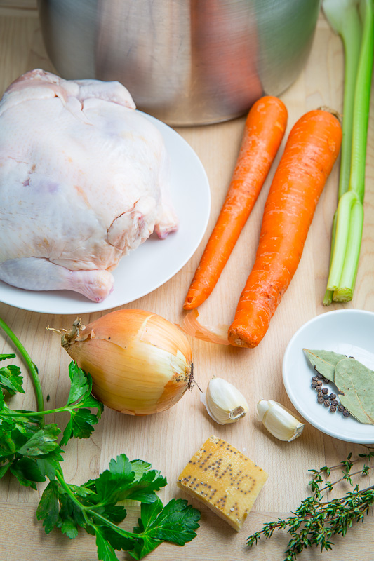 Easy Homemade Chicken Broth