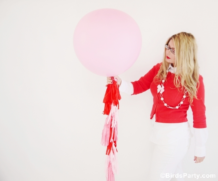 How to Make a DIY Tissue or Crepe Paper Tassel Garland