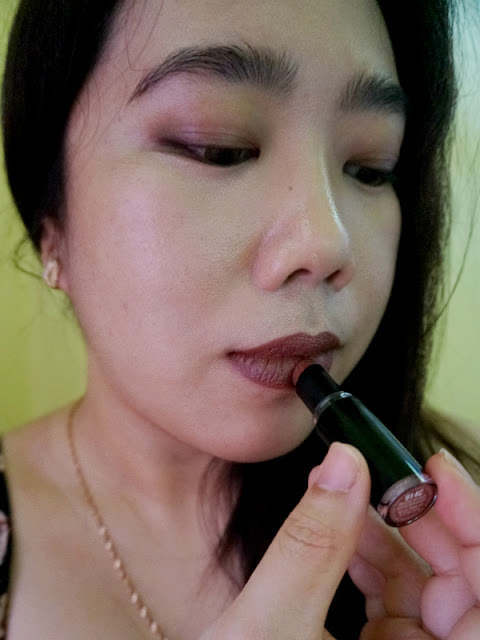 Wet n Wild Mega Last Lip Color Lipstick in Mocha-licious (914C)