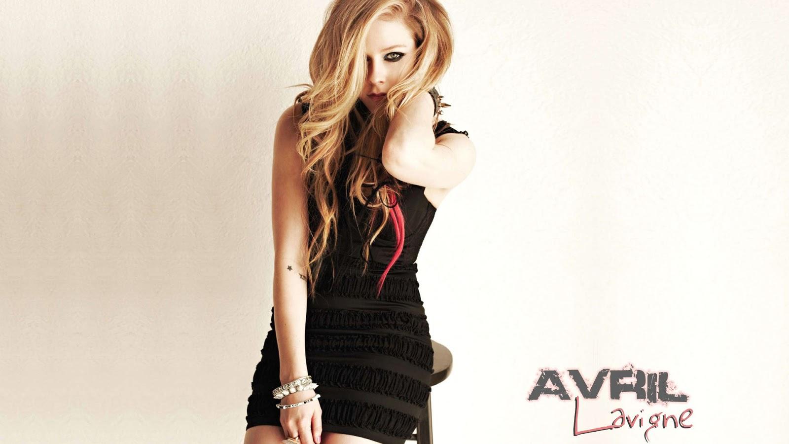 Avril Lavigne Black Dress