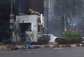 VIDEO AMATIR Ledakan Bom di Sarinah Thamrin 2016 Jakarta Beredar