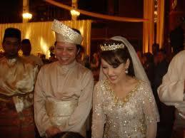 Gambar Nor Azlina Redzuan dan Datuk Yusof Annuar Yaacob Wedding