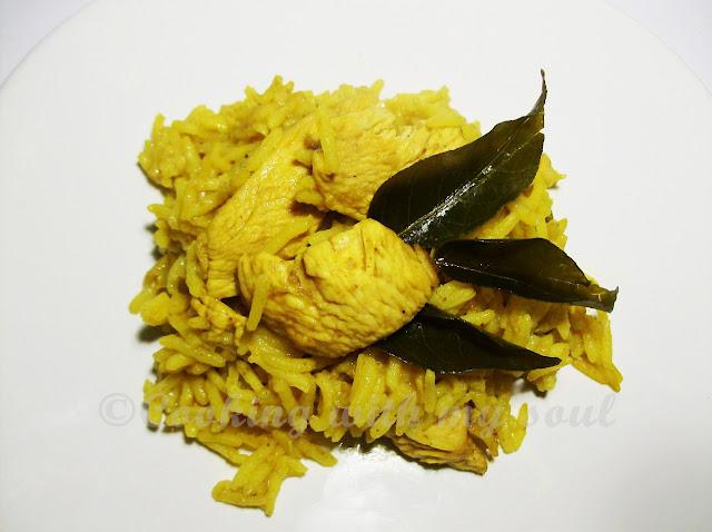 Pui cu frunze de curry