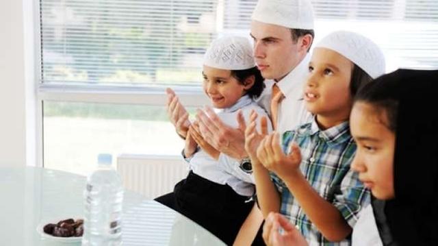 panduan mudah melatih si kecil berpuasa di bulan ramadhan