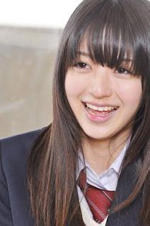 Rina Aizawa sebagai asami komiyama