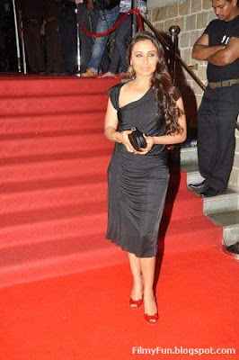 Rani opts for black