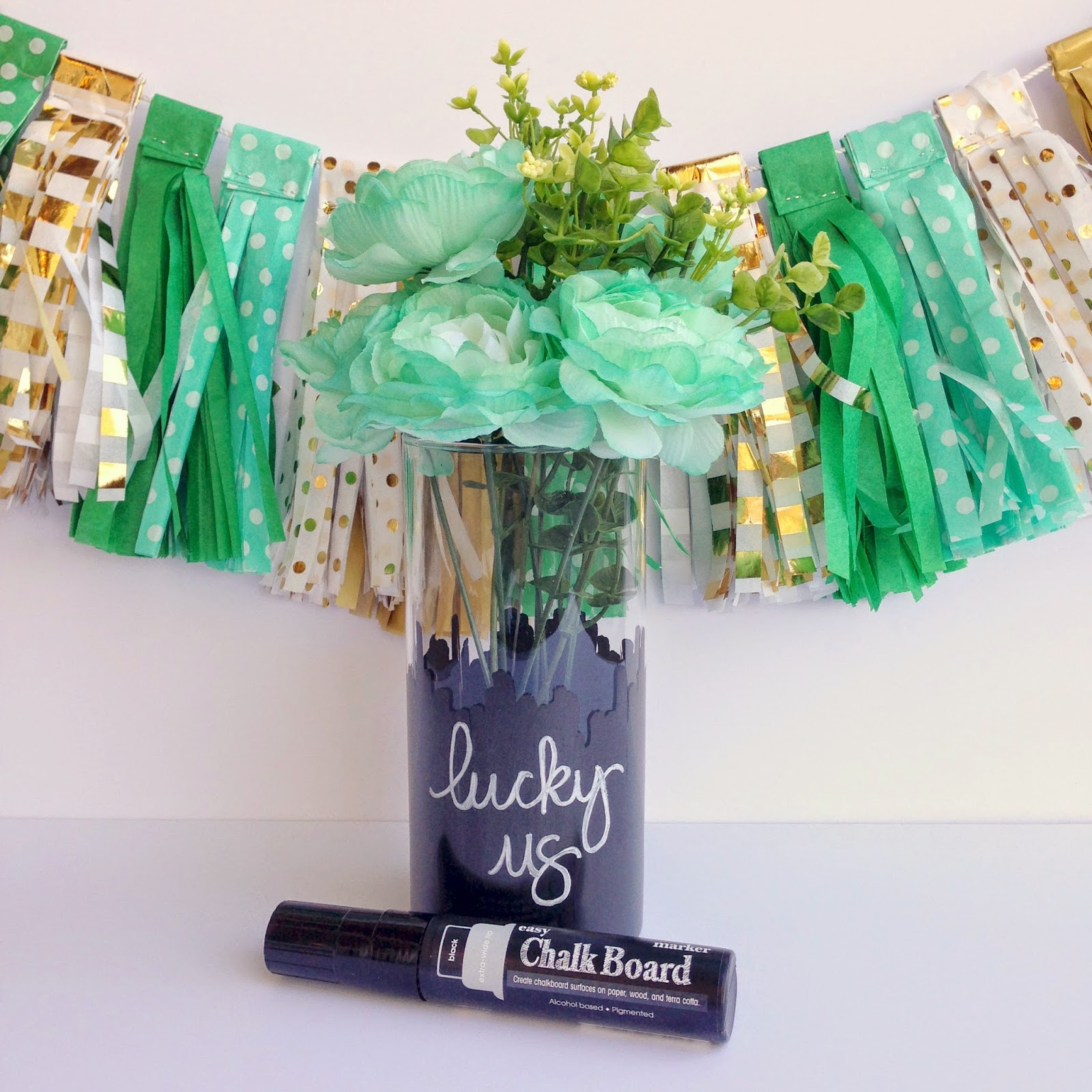 "SRM Stickers Blog - Chalkboard ""Lucky Us"" Vase by Tessa - #chalkboard #chalkmarkers #easy #blackboard #homedecor #stpatricksday #DIY"