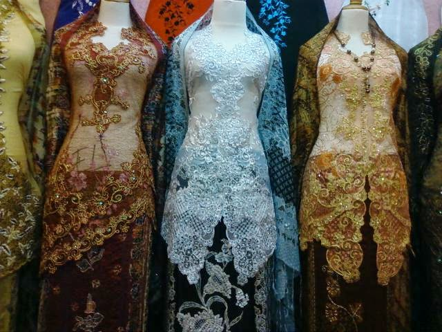 Foto Model Baju Kebaya Brokat