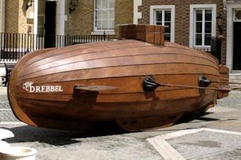 Replika kapal selam Cornelis Drebbel. Prokimal Online Kotabumi Lampung Utara