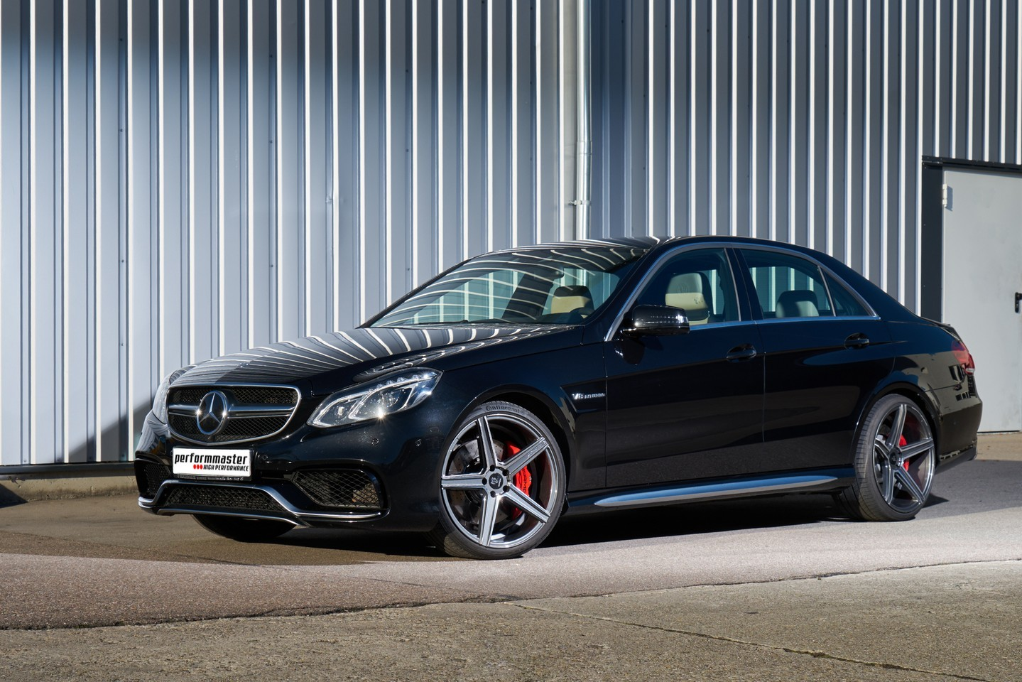 Mercedes benz e63 amg tuned by perfommaster to over 700hp for Mercedes benz e 63 amg