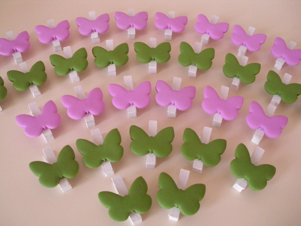 Bien connu Appunti di una damigella creativa: Farfalle per un tableau verde e  UD75
