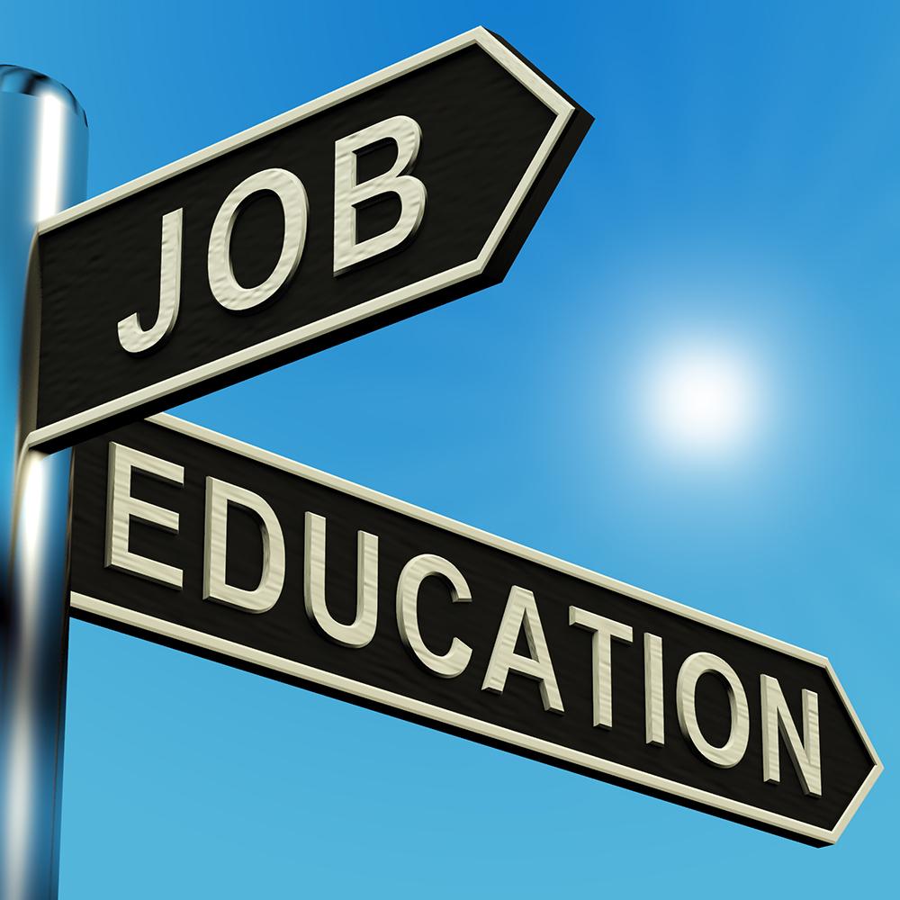 Universitas yang Menerima Kelas Khusus Karyawan