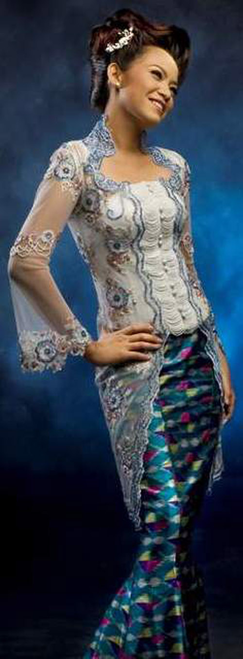 Wedding Dresses! Development of Modern Kebaya Fashion From Indonesia