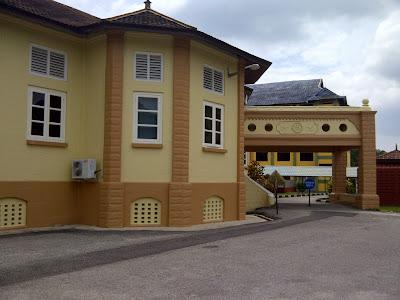 Warna Bangunan