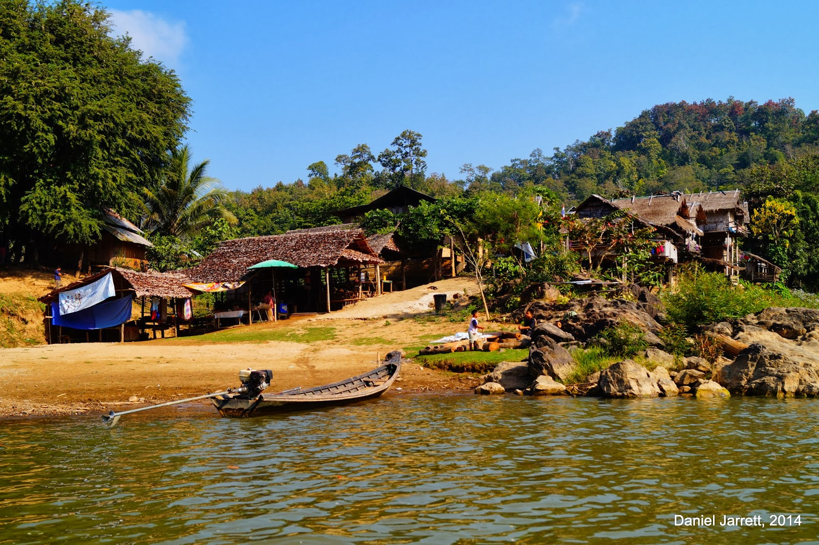 Huay Pu Keng (Baan Nam Piang Din) Boat Dock