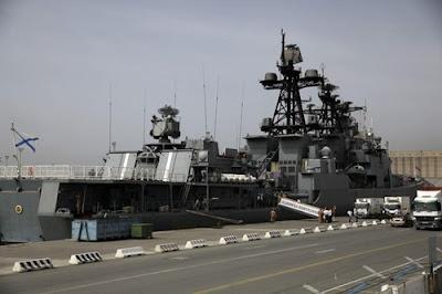 Gambar Kapal Perang Rusia di Pantai Syria
