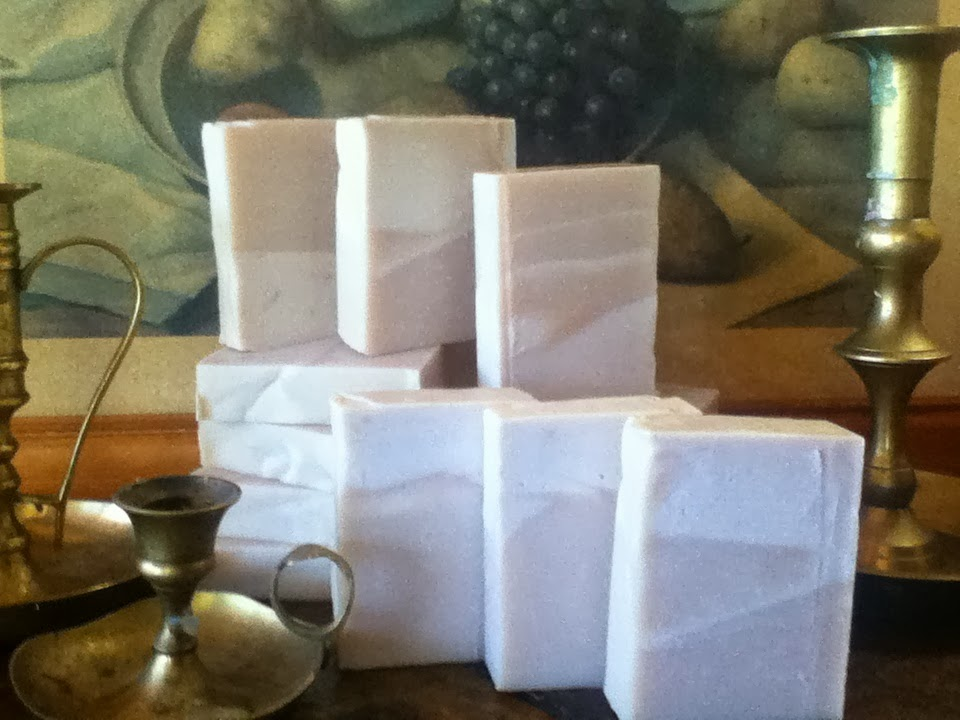 """Sparkling Rain"" spa soap bar. Sophisticated."