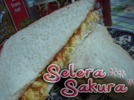 Jom Sarapan... Sandwich Telur Aje...