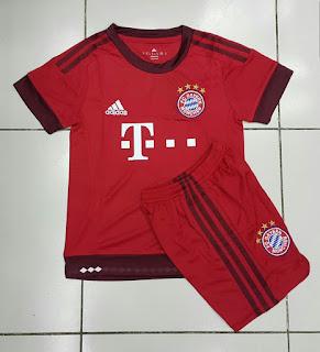 gambar detail baju bola anak bayern munchen home musim depan Jersey Kids Bayern Munchen home terbaru musim 2015/2016 enkosa sport toko online pakaian bola terpercaya