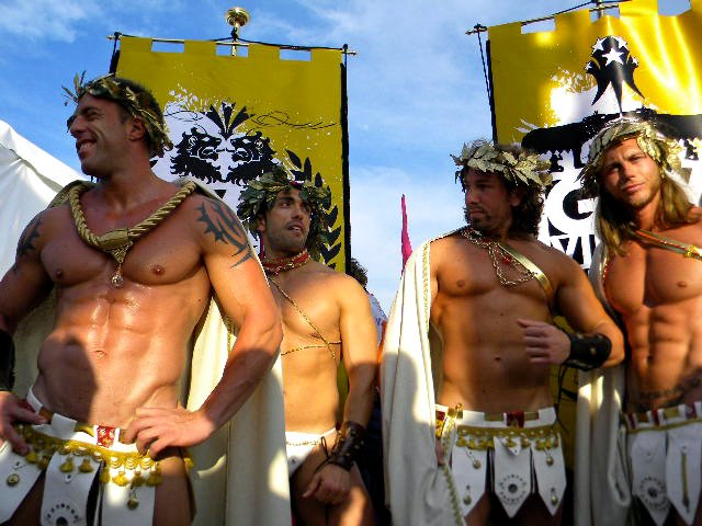 Знакомство геев в италии
