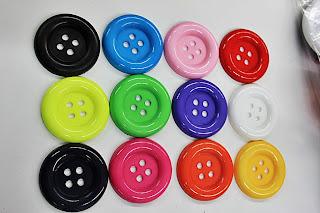 Färglada knappar 5 cm