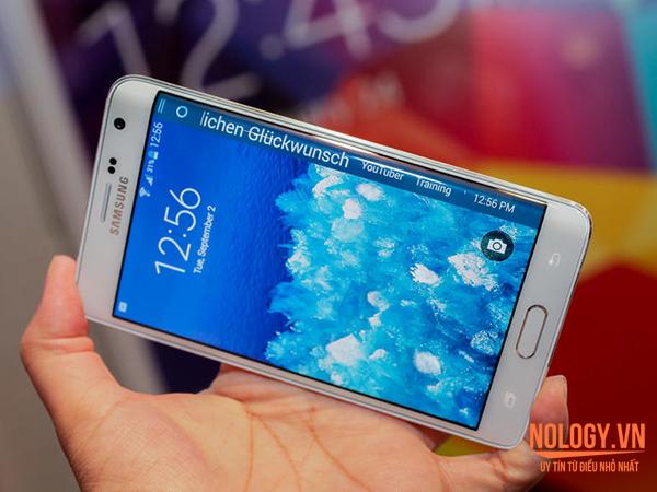 Màn hình của Galaxy Note Edge Docomo