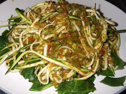 Raw spaghetti & marinara