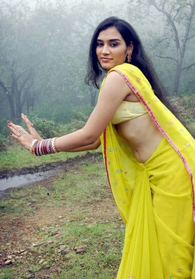 Mallu Hot Actress Navel