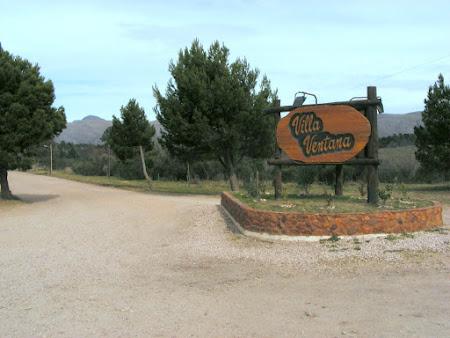 Acceso a Villa Ventana sobre la ruta 76