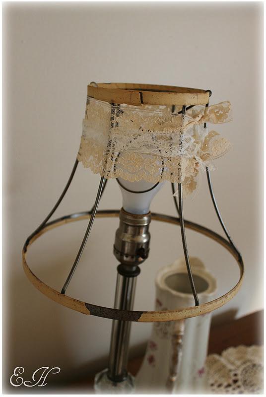 Lizlovesvintage lamp shade diy for Diy wall lamp shade