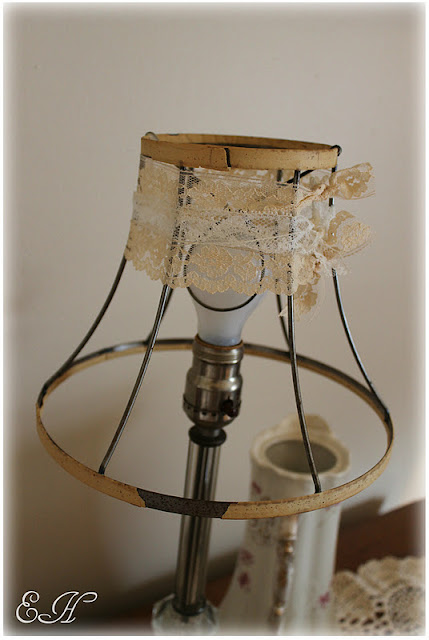 Lizlovesvintage lamp shade diy for Decorate your own lampshade
