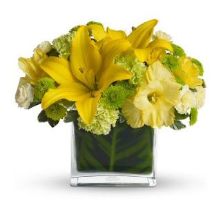 Send Flowers to Start the Week