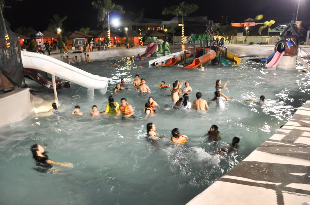 Emars Wave Pool