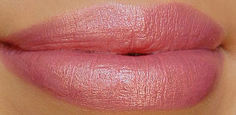 MAC Bombshell Lipstick Swatch