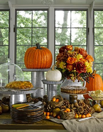 Anyone can decorate thanksgiving table decorating ideas for Pictures of fall table decorations