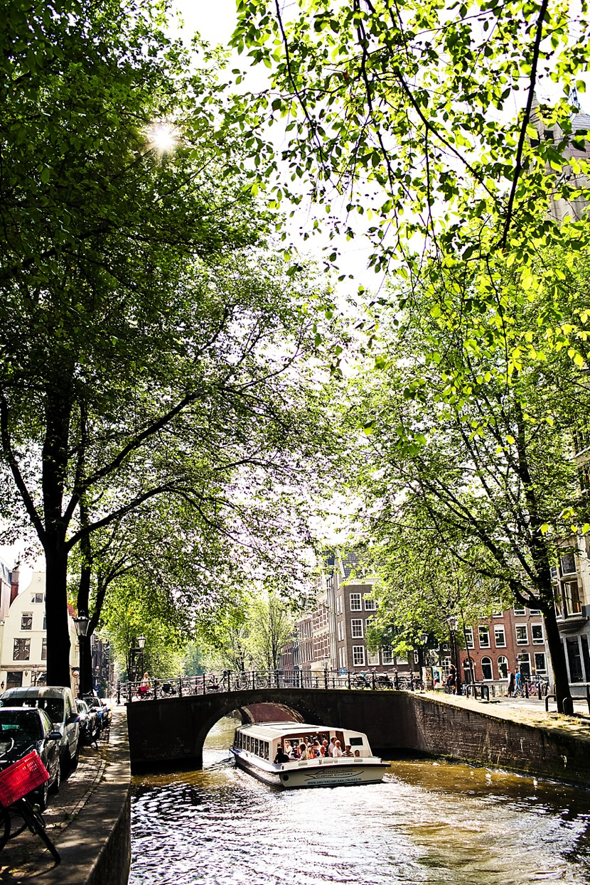 canals amsterdam photo