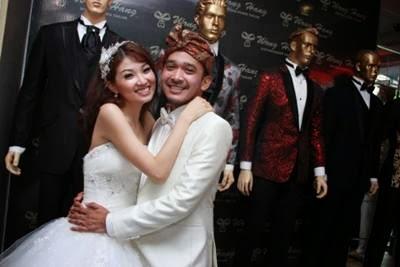 Foto Resepsi Ruben Onsu dan Wenda Tan