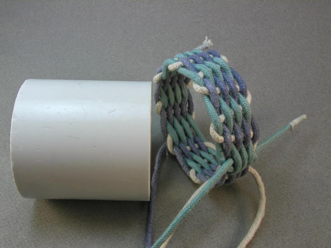 How To Weave A String Basket : Knots and fiber bracelets making a basket weave rope