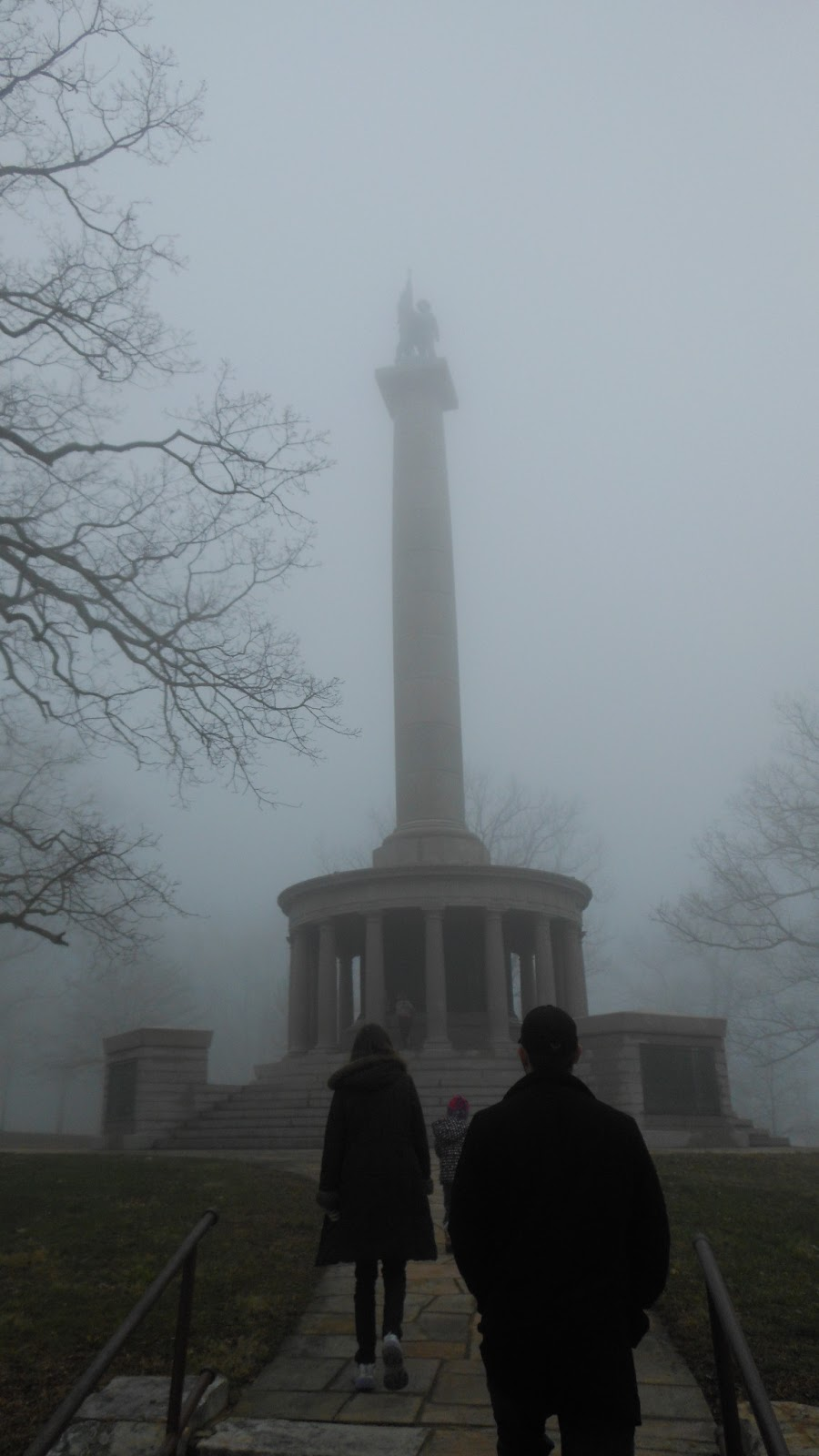 monument at Point Park