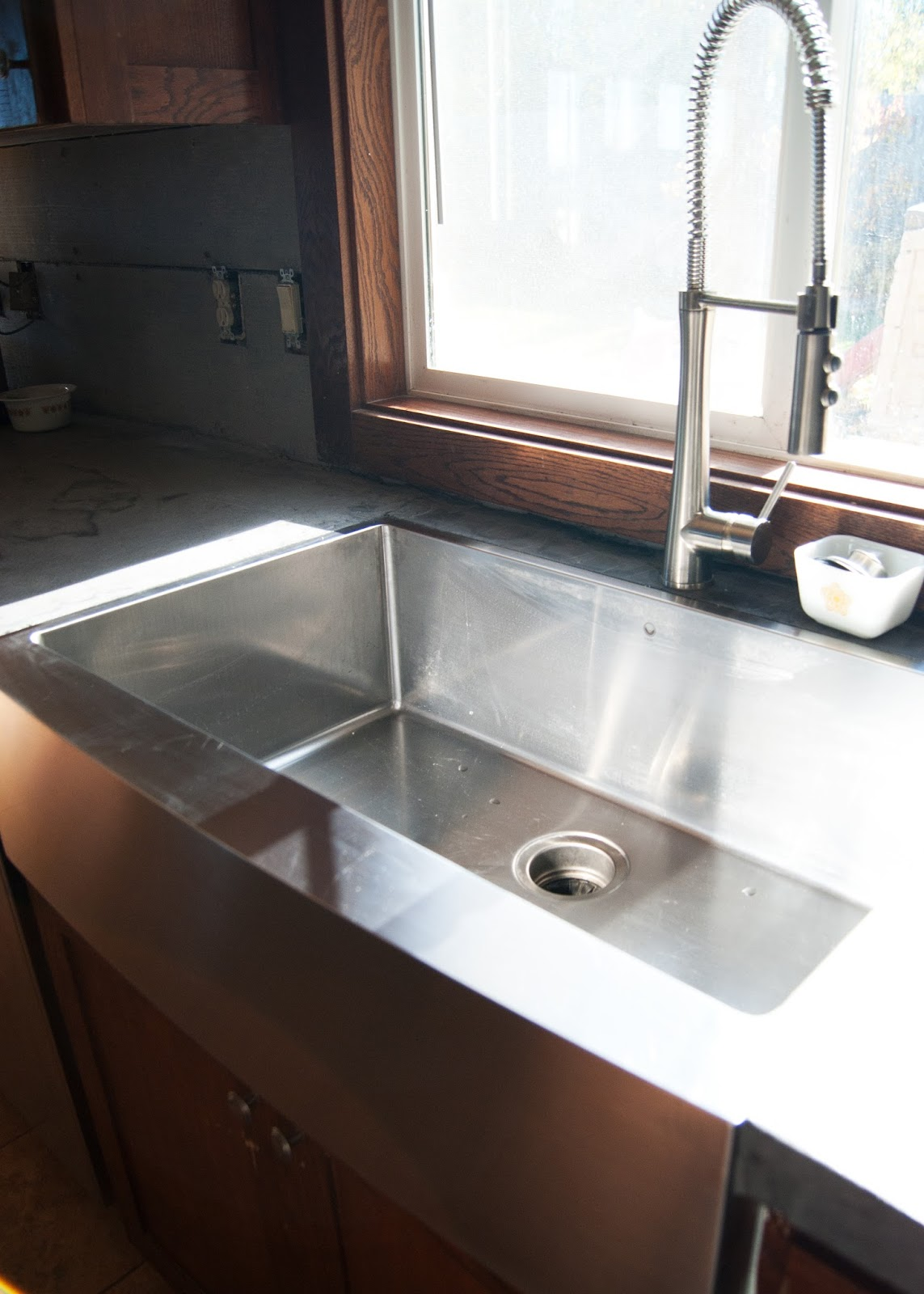 New Stainless Steel Apron Front Sink + how we installed it in ...