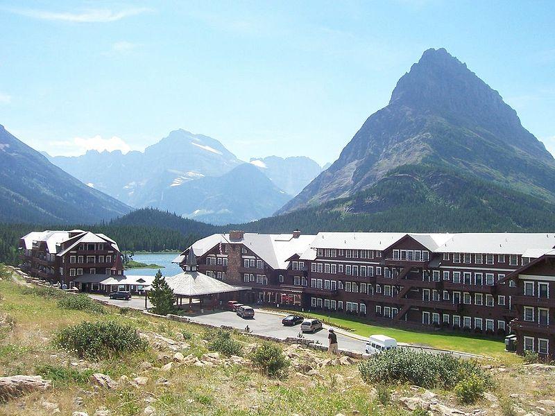 Lodging in glacier national park the life of mountain pie for Motor inn of algona inc algona ia