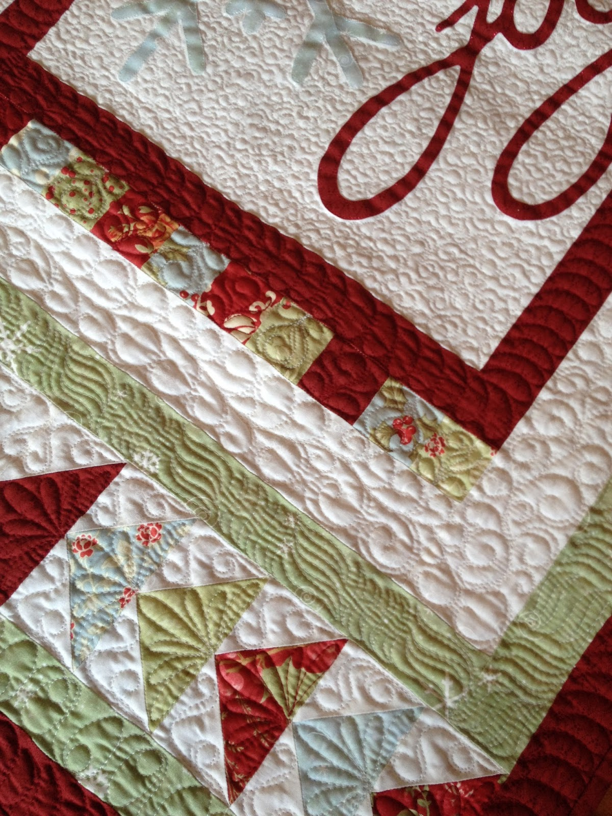 Carried away quilting christmas quilts tis the season
