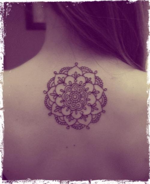 which mandala tattoo should i choose shy on foot. Black Bedroom Furniture Sets. Home Design Ideas
