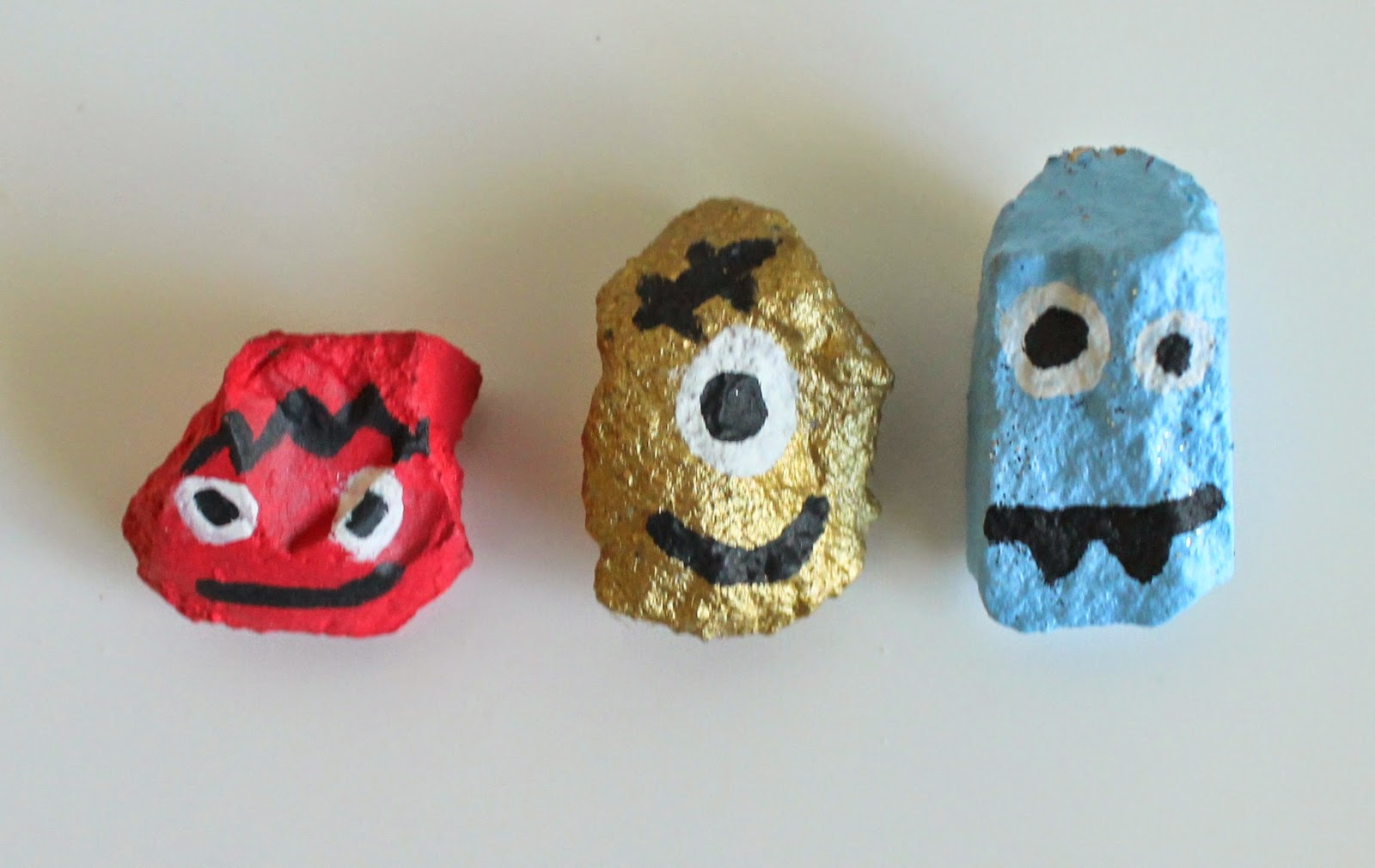 Halloween Monster Rocks | Bubbles and Gold (www.bubblesandgold).com