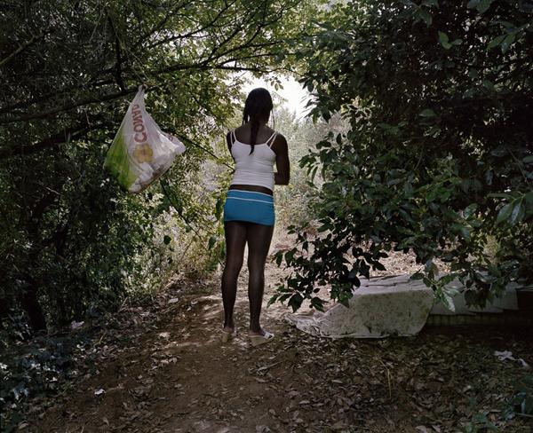 Zikionesha sehemu mbali mbali za kufanyia ufuska na wabongo huko italy