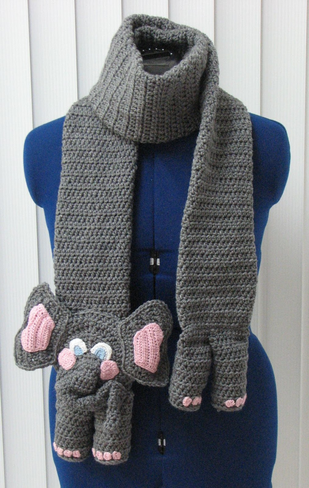 Free Crochet Patterns For Animal Scarves : Donnas Crochet Designs Blog of Free Patterns: Elephant ...