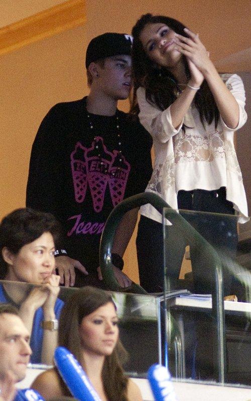 selena gomez and justin bieber 2011 june. Justin Bieber amp; Selena Gomez: