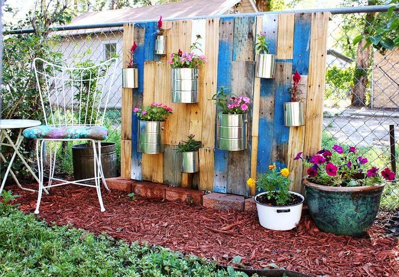 Ma maison au naturel une palette pour un jardin vertical for Idee de plantation pour jardin