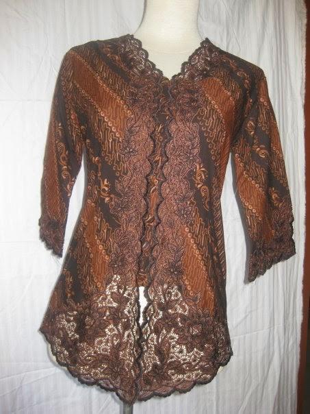 Foto Model Baju Kebaya Modern Lengan 3/4